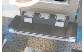 3 Sitzer Sofa ROUGE mit LED Beleuchtung & USB Anschluss von NATIVO™ Möbel Österreich