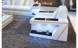 Sessel CAREZZA mit LED Beleuchtung von NATIVO™ Designer Möbel Österreich