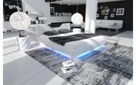 Designer Bett ARTEMIS mit Beleuchtung ©iconX STUDIOS
