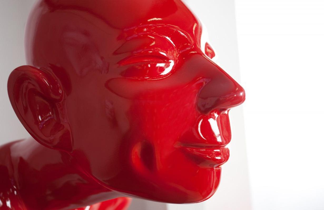 Designer figur servitor von nativo in hochglanz kaufen rot for Designer deko outlet
